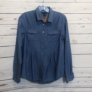 Tommy Hilfiger Pleated Chambray Floral Button Down